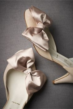 9f006757924 36 Amazing Spring Wedding Shoes To Die For - Weddingomania