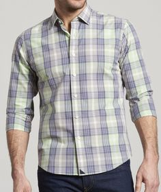 Untuckit men 39 s shirts designed to be worn untucked for Best shirts to wear untucked