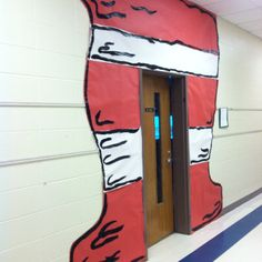 The Cat in the Hat Classroom Door    How I NEED this!!!!!!
