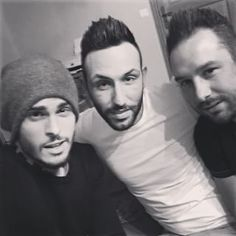 Instagram photo by baptiste.giabiconi - On s accorde un petit moment entre amis ... Avec les frero @erwintrinks et @bigou3 !!! #pop #love #friends #lavraievie #instamoment #family