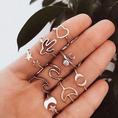 75 beautiful jewelry ideas for women - # for - accessoires & shoes♡ - Frauenschmuck Dainty Jewelry, Cute Jewelry, Jewlery, Jewelry Shop, Gold Jewelry, Jewellery Earrings, Trendy Jewelry, Summer Jewelry, Jewelry Stores