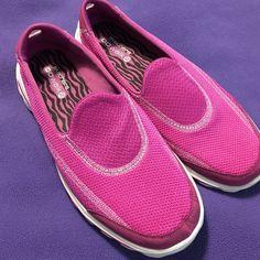 5c02edafea3c Sketchers Go Walk 2 sneakers Sketchers Go walk 2 bright pink mauve sneakers.  Worn