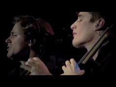 2CELLOS - Viva La Vida [LIVE VIDEO]