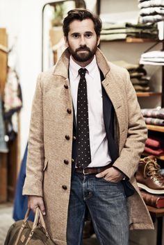 the-suit-man:  Suits & mens fashion for classy gentlemen http://the-suit-man.tumblr.com/
