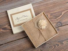 Rahmeninformationen (100) Spitze und Buralp Hochzeitseinladung, Vintage Hochzeitseinladungen, rustikale Box Hochzeitseinladung von forlovepolkadots auf Etsy https://www.etsy.com/de/listing/204004096/rahmeninformationen-100-spitze-und