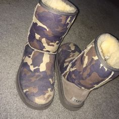 Short Camo Uggs Short camouflage Uggs, perfect for winter and in good condition UGG Shoes
