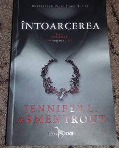 Intoarcerea( seria Titanii) – volumul I, de Jennifer L. Armentrout