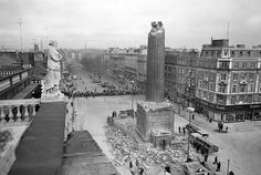 Ruins of Nelsons Pillar Dublin by Irish Photo Archive Old Images, Old Pictures, Old Photos, Dublin Street, Dublin City, Ireland Pictures, Ireland Homes, Historical Images, History Photos