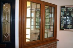 Providing double glazed windows and uPVC and composite doors in Reading, Maidenhead and Wokingham, Berkshire. Small Outdoor Patios, Small Backyard Patio, Backyard Seating, Small Patio Furniture, Patio Furniture Makeover, Concrete Patio Designs, Outdoor Patio Designs, Patio Fence, Patio Roof