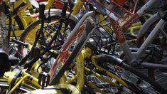 Blech an Blech: Leihräder - hier in Peking, in Berlin sieht es an vielen Orten nicht anders aus. Foto: Jan Grüschow/dpa