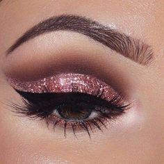 Bridal Eye Makeup, Pink Eye Makeup, Glitter Eye Makeup, Makeup Eye Looks, Eye Makeup Art, Eye Makeup Tips, Cute Makeup, Eyeshadow Makeup, Makeup Ideas