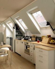 kitchen design. Janelas de Sótão #Clarabóias #Cozinha #Decoração
