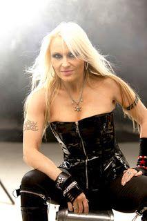 Heavy Metal: Moda Feminina Doro Pesch
