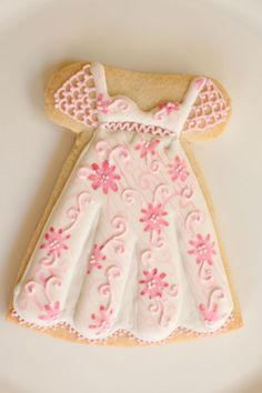 My Little Bakery dress cookie Fancy Cookies, Iced Cookies, Cut Out Cookies, Cute Cookies, Royal Icing Cookies, Cookies Et Biscuits, Cupcake Cookies, Cupcakes, Sugar Cookies