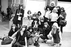 Backstage PFW S14: Les mannequins du défilé Chanel prennent la pose pour une photo souvenir