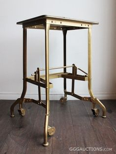 1930's TOLEDO VINTAGE INDUSTRIAL UHL STEEL TYPEWRITER TABLE STAND ON LEGS WITH CASTORS AND LOCKING FEET -  AVAILABLE : BID STARTING AT $1 www.GGGAUCTIONS.com