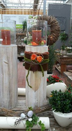Well for that, you need to beautify your home by placing the flower pot you planted with beautiful flowers in front of the entrance of your house. Fall Home Decor, Autumn Home, Holiday Decor, Gold Diy, Diy Candles, Fall Harvest, Xmas Decorations, Dried Flowers, Flower Pots
