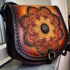 leather purses and handbags Leather Stamps, Leather Art, Custom Leather, Leather Pouch, Leather Jewelry, Leather Purses, Leather Handbags, Vintage Leather, Handmade Leather