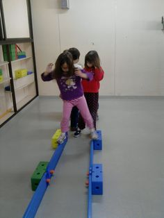 Motor skills activities, gross motor skills, activities for kids, crossfit kids