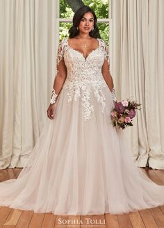 Peplum Wedding Dress, Plus Size Wedding Gowns, Dream Wedding Dresses, Designer Wedding Dresses, Plus Size Brides, Plus Size Bridal Dresses, Dress Prom, Curvy Bride, Wedding Attire