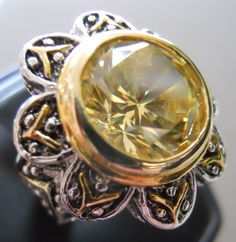 A nice looking costume jewelry ring