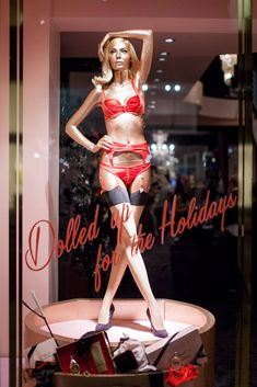 Window Display Merry Christmas #agentprovocateur #2013 #london #red # lingerie #intimates