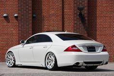 Cool Mercedes: Mercedes CLS 550 SO BAD ASS!!! Momma likes...  CLS-5HUNDRED Check more at http://24car.top/2017/2017/05/03/mercedes-mercedes-cls-550-so-bad-ass-momma-likes-cls-5hundred/