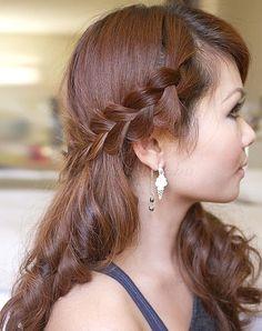 fonott+frizurák+-+félig+leengedett+fonott+frizura