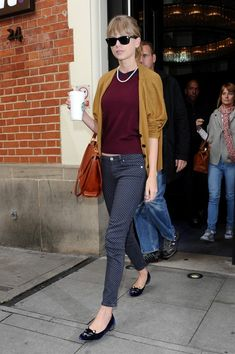 These polka-dot skinny jeans made Taylor's outfit so incredibly charming.