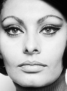 Sophia Loren photographed by David Montgomery, 1966.