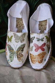 Alpargatas Con P de P: Decoupage I Love My Shoes, Diy Fashion Accessories, Espadrille Shoes, Shoes Flats Sandals, Hand Painted Shoes, Painted Toms, Decorated Shoes, Crochet Shoes, Shoe Art