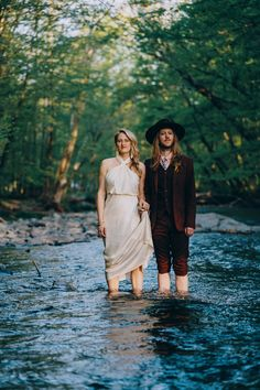 Due to Covid-19 a wedding photographer elopes in the woods - 100 Layer Cake Wedding Portraits, Wedding Photos, Love Is My Religion, 100 Layer Cake, Cool Photos, Amazing Photos, Wedding In The Woods, Groom, Bride