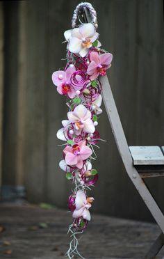 Modern trouwboeket met Phalaenopsis