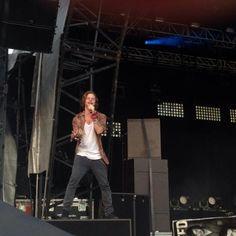 Jay no Fusion Festival, em Birmingham, na Inglaterra #CoberturaTWBR (via @IloveJBapplepie)