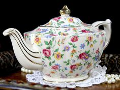 James Sadler Teapot - Chintz Wildflowers on Butter Background Footed Teapot Tea Pot. This adorable transferware pot is in ok vintage condition. No damage other than fine clean crazing commensurate wit Antique China, Vintage China, Vintage Teapots, China Teapot, Perfect Cup Of Tea, Glass Tea Cups, Tea Service, Chocolate Pots, Tea Cup Saucer