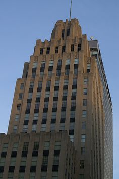 Reynolds Tobacco Building, Winston-Salem, North Carolina // True story: it was the prototype for the Empire State Building