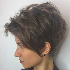 "673 Likes, 4 Comments - Евгения Панова (@panovaev) on Instagram: ""@osipov_studio_n95 #shorthair #h#s #pixie#haircut#short #короткиестрижки #стрижка"""