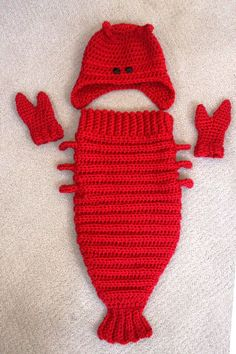Lobster Costume Set – Lobster Cocoon Baby Set with Tail, Hat and Claws, Photo Prop - Baby Mütze Stricken Crochet Baby Cocoon, Crochet Baby Clothes, Newborn Crochet, Crochet Baby Hats, Crochet For Kids, Baby Knitting, Knitting Projects, Crochet Projects, Knitting Patterns