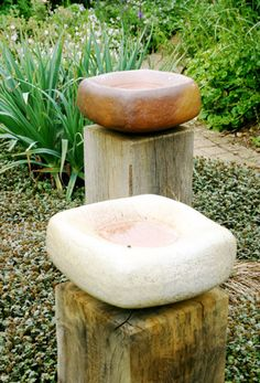 44 Bird Bath Design Ideas For Your Backyard Inspiration Water Features In The Garden, Garden Features, Garden Crafts, Garden Projects, Outdoor Art, Outdoor Gardens, Deco Nature, Garden Structures, Bath Design