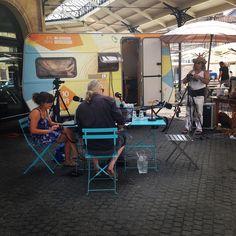 Bordeaux ! On est prêt on t'attend Place du marché des Chatrons pour le 4eme jour #LGT @laradionova