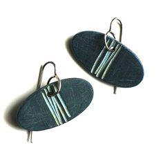 LInes Dangle earrings by jibbyandjuna on Etsy