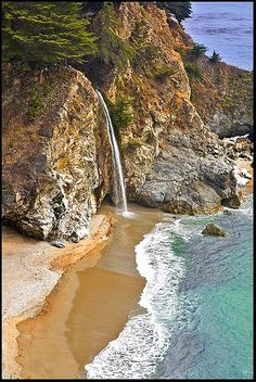 finding a romantic beach, McWay Falls, California Home Beach, Places To Travel, Places To See, Places Around The World, Around The Worlds, Romantic Beach, All Nature, California Coast, Dream Vacations