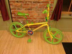 1985 GT Pro Performer - BMXmuseum.com Vintage Bmx Bikes, Retro Bikes, Gt Bikes, Cool Bikes, Gt Bmx, Bmx Freestyle, Bmx Bicycle, Tricycle, Choppers
