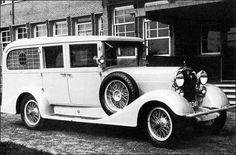 Photo: Adler ambulance - 1934 :)