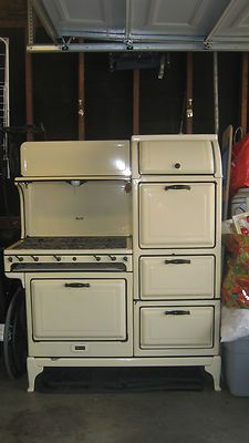 Dreamy vintage stove