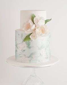 Introducing watercolor cakes. These hand-painted masterpieces are seriously too gorgeous to eat. Here, 12 of the prettiest.