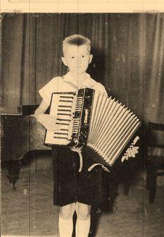 """Sok munka kevés eredmény"" Violin, Music Instruments, Musical Instruments"