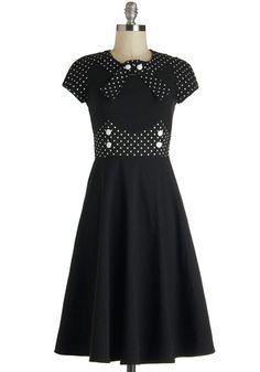East Coast Swing 1930 Dance Dress http://www.vintagedancer.com/1930s/1930s-plus-size-dresses/