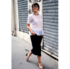 Blogger Evelyn Wyss of The Bubbly Speckle wearing Spektre's She Loves you Grey and Silver lens