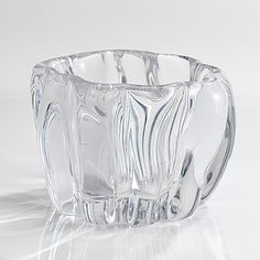 "TAPIO WIRKKALA - Glass vase ""Kanto"" for Iittala, Finland. [h. 10 cm] Glass Design, Design Art, Tree Stump, Finland, Fig, Glass Art, Bottle, Tableware, Crystals"